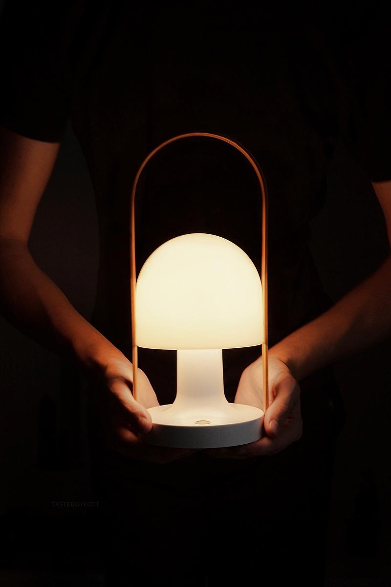 FollowMe Lamp by Marset // FollowMe Tischleuchte von Marset | Tasteboykott