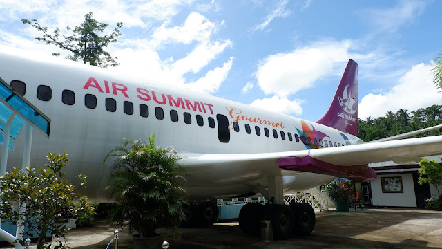 air summit gourmet airplane restaurant