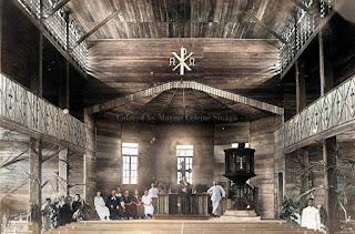interior dari gereja rijnsche zending di gunung sitoli