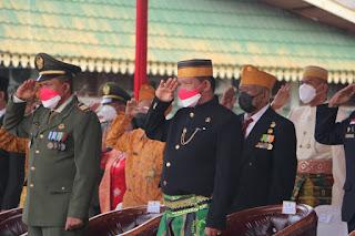 Wakil Ketua III DPRD Inhil Andi Rusli saat mengikuti upacara peringatan HUT RI ke 76