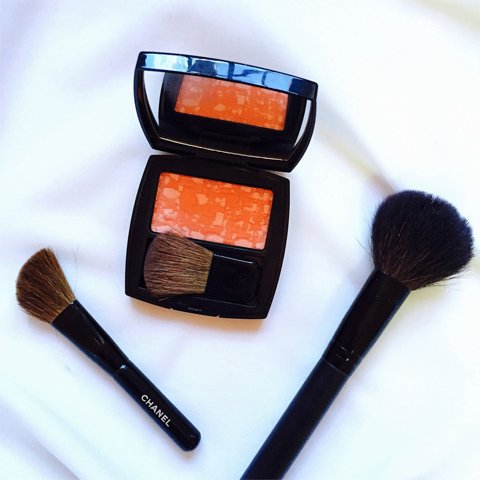 La'Bell Wong writes about her makeup must-haves for summer on Brunei Blogger May Cho's The Mayden