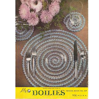 Vintage Round Snail Design Placemat Pattern