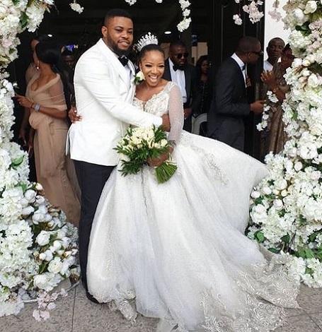 Sandra Ikeji Shuts Down Lagos With 200 Bridesmaid At Her Wedding (Photos