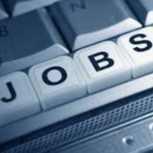 Lakhs of salary .. jobs!   లక్షల జీతాలిచ్చే.. ఉద్యోగాలు ఇవే..!