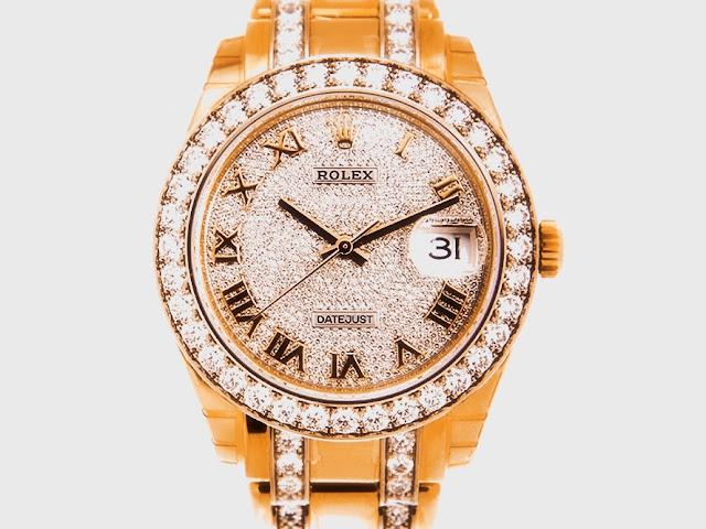 """أفضل ساعة رولكس من ناحية التصميم """"Rolex Pearlmaster"""""""