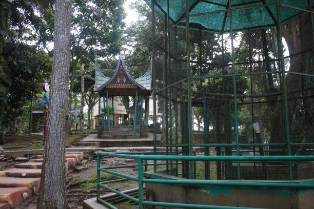 Taman Burung Tropis