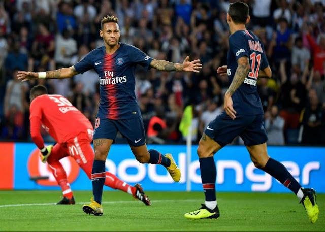 """Video PSG - Caen: Neymar """"khai hỏa"""", nhận quà ngày ra quân"""