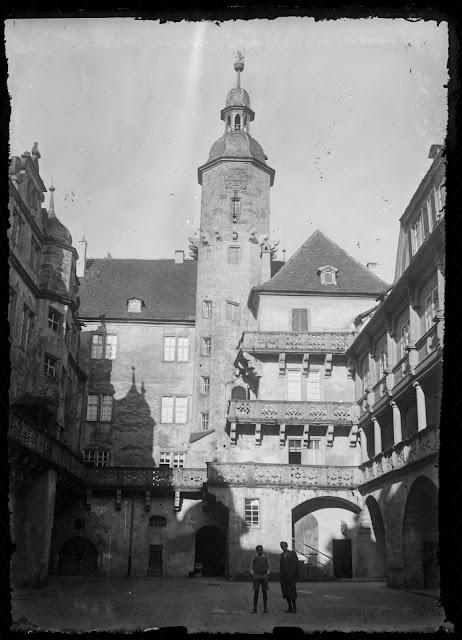 Schloss Langenburg - Innenhof mit Turm - um 1930