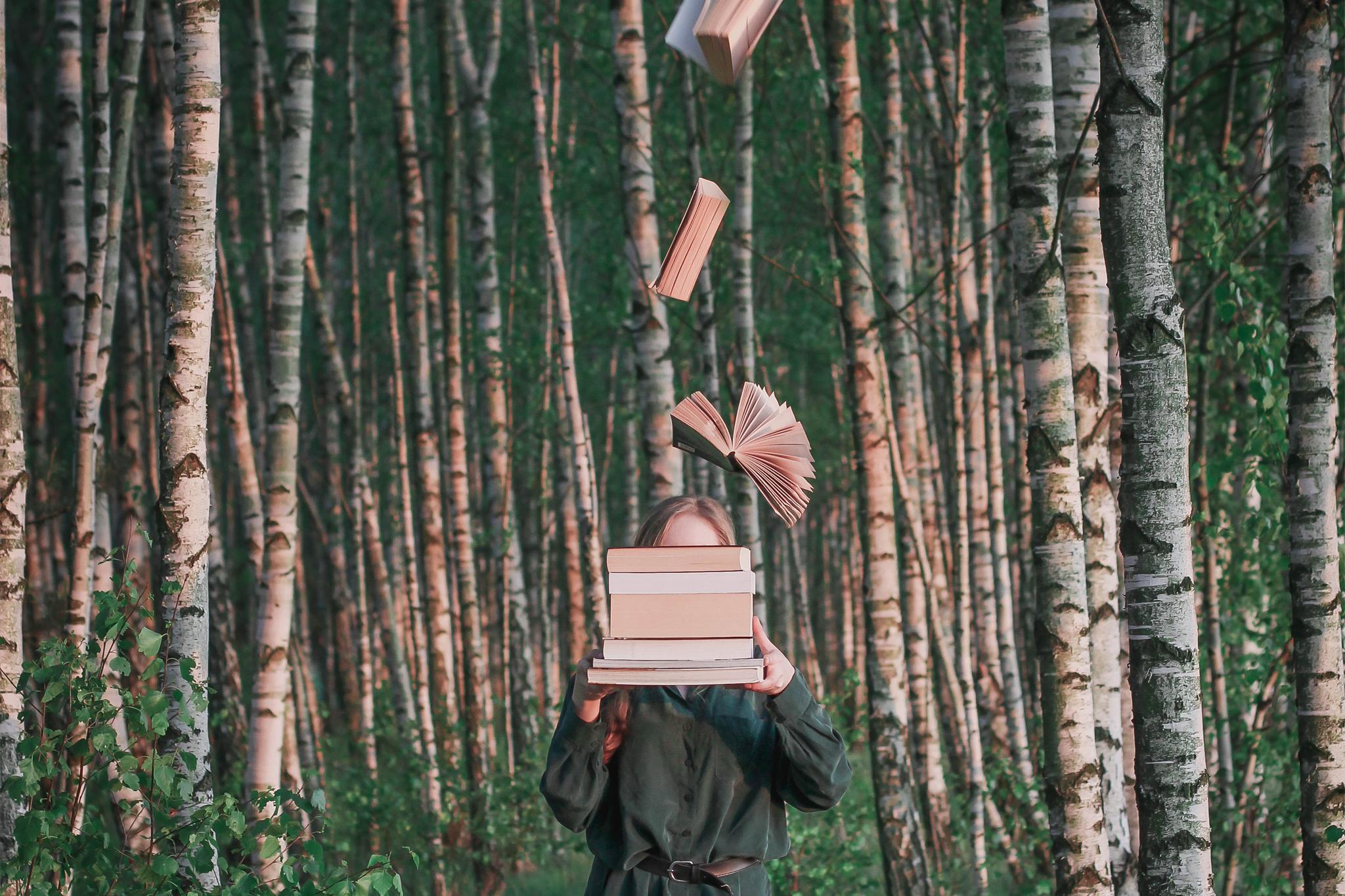 Lewitujące Książki, Czyli Jak Lewitować Przedmioty na Zdjęciach