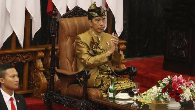 Jokowi Kini Berkuasa Penuh Angkat dan Pecat PNS