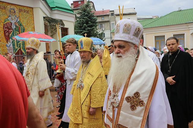 Ο Μητροπολίτης Αργολίδας στους εορτασμούς για τον Άγιο Λουκά στη Συμφερούπολη της Κριμαίας (βίντεο)