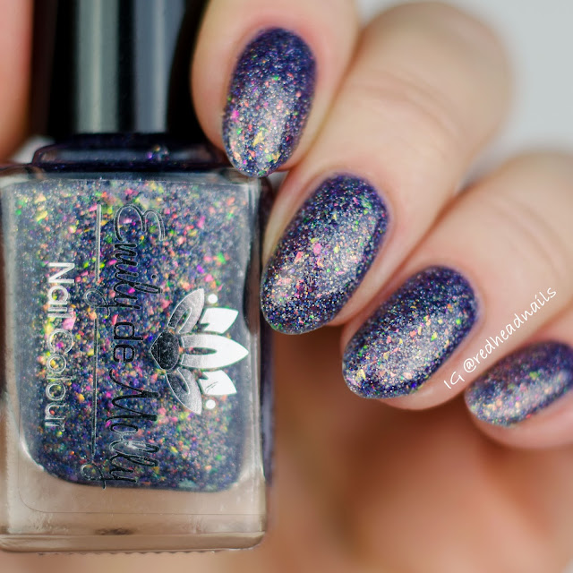 Emily de Molly Prismatic Mode swatch