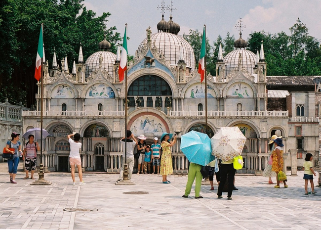 Basilica Di San Marco - Venice, Italy - This Epcot-like Chinese Theme Park Is Equal Parts Creepy And Interesting