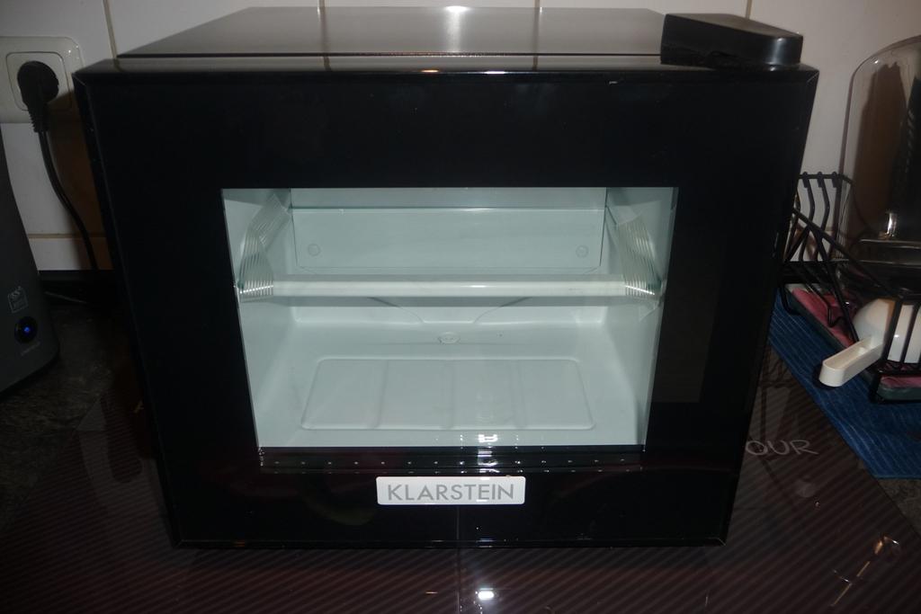 Kühlschrank Klarstein : Mein test nicki testet den klarstein frosty mini kühlschrank