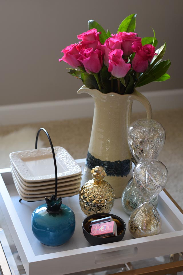 a day in the lalz: styling a coffee table tray