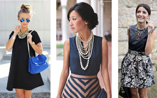 Exemplos de looks de colares statement com vestidos. Com vestido preto curto e largo, com vestido azul escuro em cima e riscas azuis e castanhas em baixo, com vestido preto em cima e estampado preto e cinza em baixo.