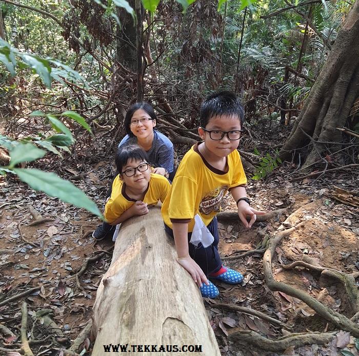 Climbing Bukit Beruang Melaka