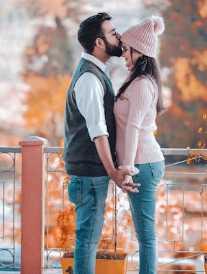Lover DP for Whatsapp, romantic couple love DP for Whatsapp