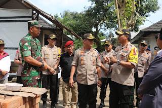 Kabaharkam Polri Gelar Baksos Lokasi Terdampak Gempa Lombok.