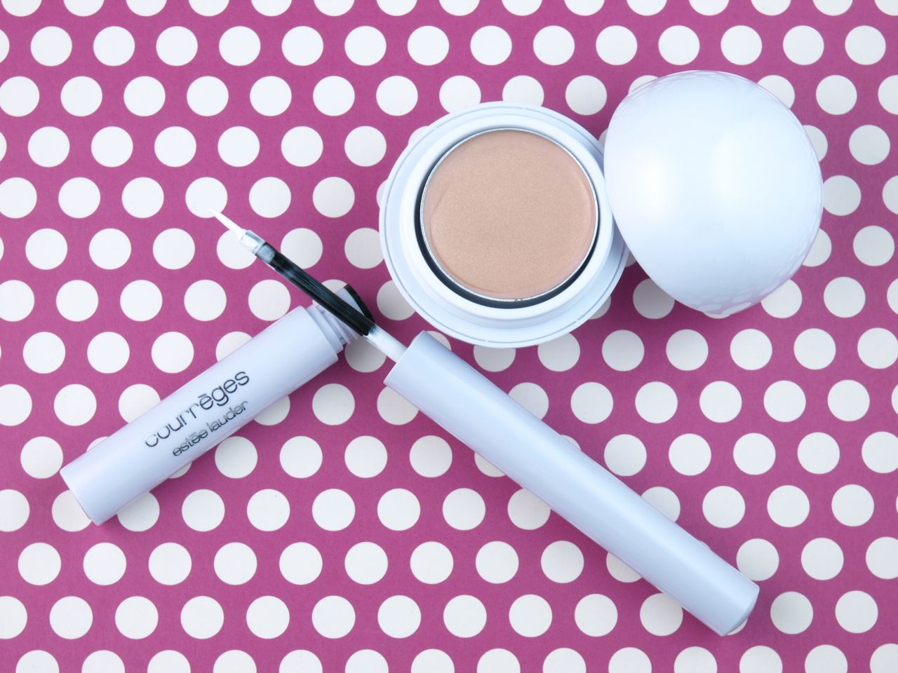 Estee Lauder Courreges Collection Ultra White Eyeliner & Iridescent Ball Highlighter: Review and Swatches