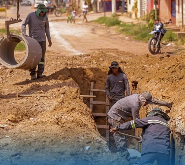 Com obras de drenagem na Rua Barão de São Nicolau e Gonçalves Dias, prefeito Nélio Aguiar leva infraestrutura a diversos bairros de Santarém
