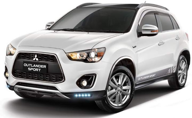 Mitsubishi-Outlander-Sport-Action-2017