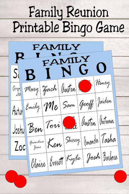 Play a fun game of bingo at your Family Reunion this summer with this printable party game.  Bingo is a great way to get to know your family and spend a fun afternoon. #FAMILYREUNION #familybingo #bingogame #diypartymomblog