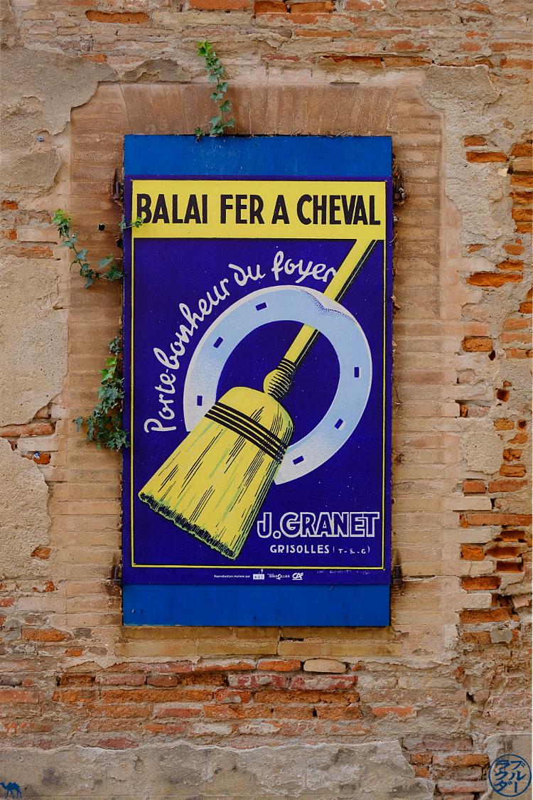 Le Chameau Bleu - Blog Voyage à Vélo sur le Canal de l'entre deux  Mers - Affiches  de Grisolles en Tarn Et Garonne