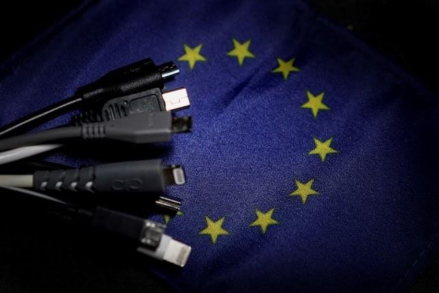 La Union Europea estudia prohibir los cargadores en todos los móviles