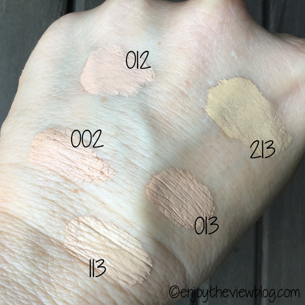 Color swatches of the light-medium sample pack of Koh Gen Do Maifanshi Aqua Foundation!