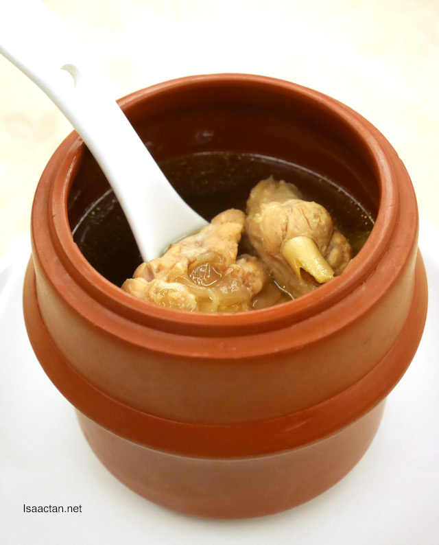 Double Boiled Soup with Black Chicken & Chinese Herbs (Maca)