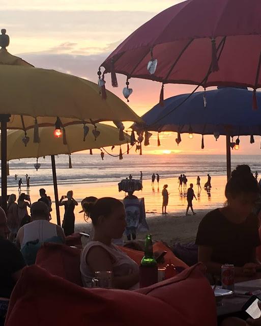Pantai Kuta Bali, Pantai Terbaik Untuk Menikmati Keindahan Matahari Tenggelam di Pulau Dewata