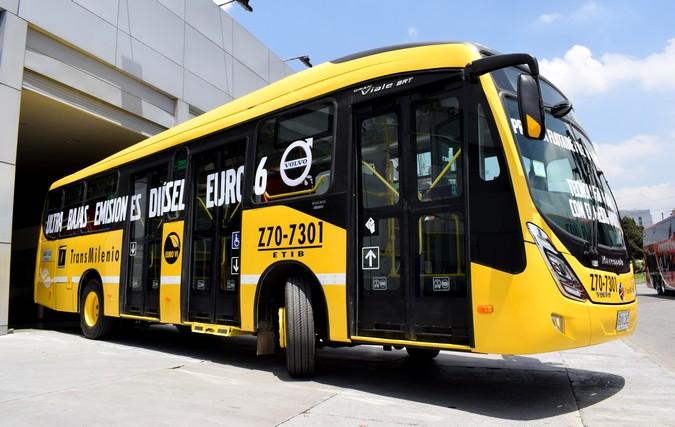 Volvo fecha venda de mais 321 ônibus para Bogotá