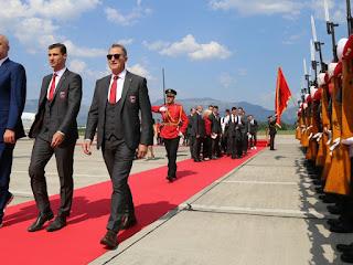 Tirana in festa per l'Albania: giocatori accolti come eroi