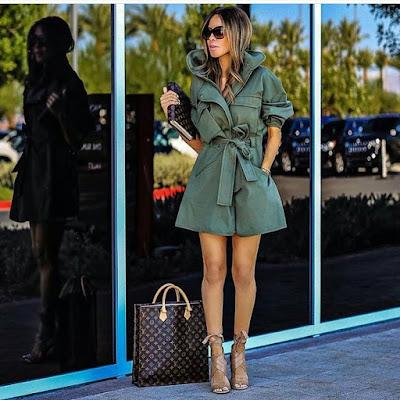 hello monday, girl boss, bogaty styl, style and the city, travel, luxury, blog po 30ce, stylowe, kobiety, w stylu, zielona sukienka, khaki, szmizjerka