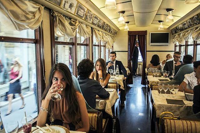 Restaurante elétrico ATMOSFERA em Milão