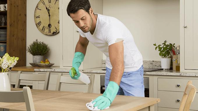 Salute: fare le pulizie di casa può allungare la vita