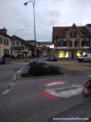 Jalan Marktplatz Swiss