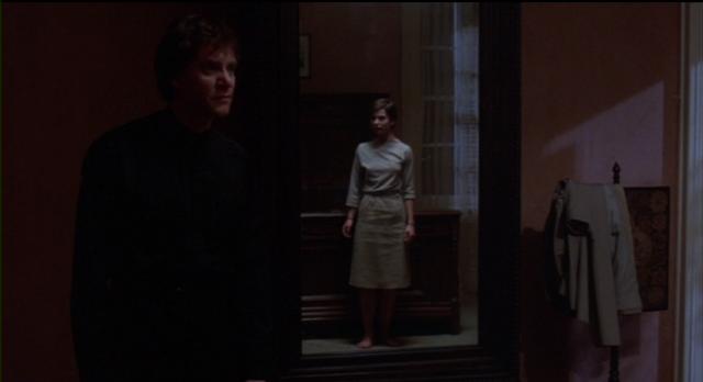 Paul (Malcolm McDowell) reveals their family's secret to Irena (Nastassja Kinski) in CAT PEOPLE.