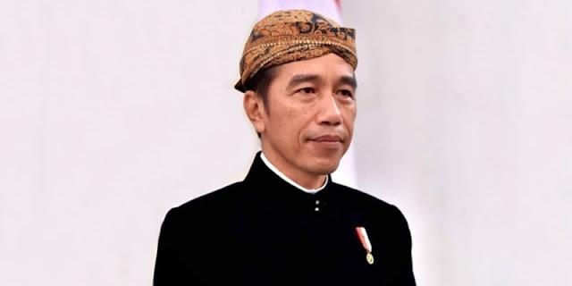 NIK Diduga Milik Jokowi Tak Terdaftar Vaksinasi
