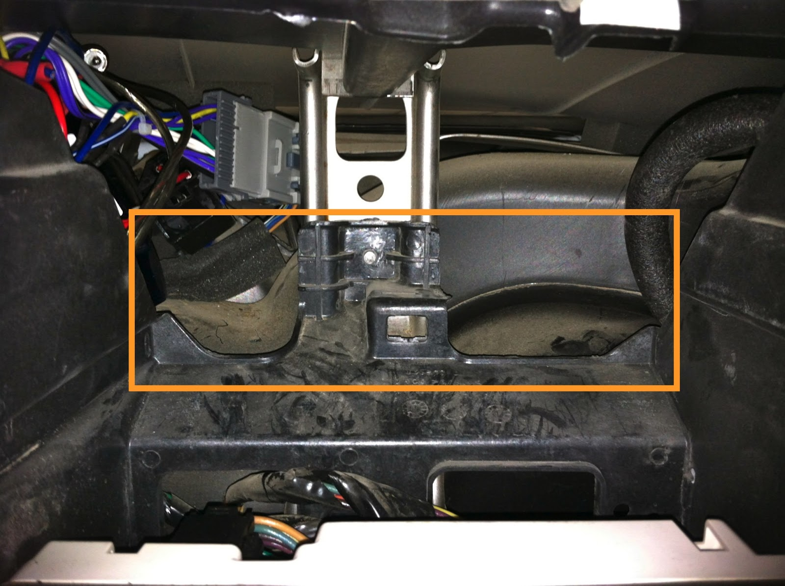 chevy silverado double din indash install car audio  [ 1600 x 1195 Pixel ]