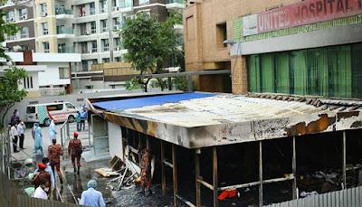 Rumah Sakit Bangladesh Terbakar