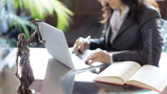 primeira vez historia advogadas supera advogados