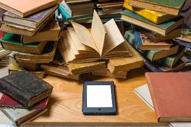 How do libraries work with e-books