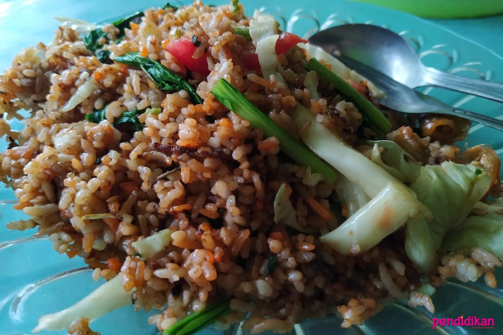 Nasi Goreng Arang Cak Waras Lezatnya Susah Dilupakan
