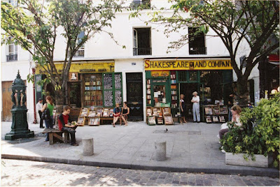 Shakespeare and Company Bookstore and Café