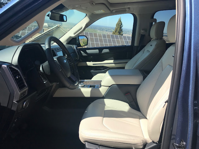 Front seats in 2020 Ford Expedition Platinum