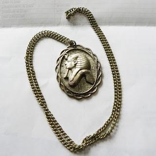 Tutankhamun pendant necklace