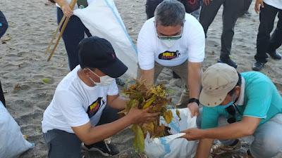 Pemkab Lobar dan Komunitas Masyarakat Lakukan Aksi Bersih-bersih di Wisata Senggigi