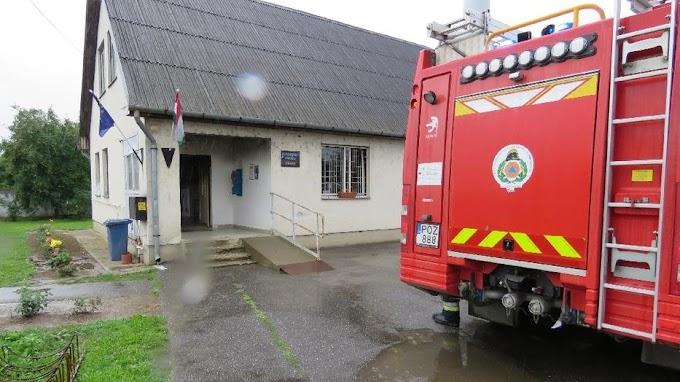 Letartóztatták a mátyusi polgármesteri hivatalba betörő két férfit – Brutális kárt okoztak